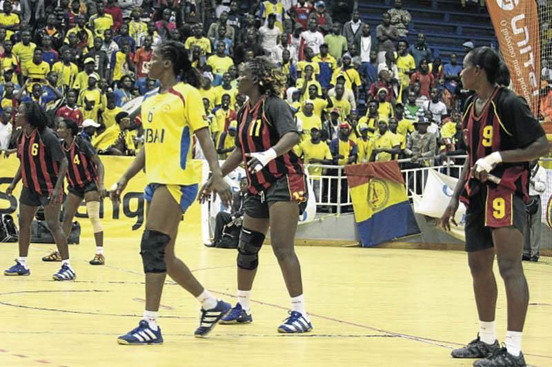 Petro de Luanda faz pleno na fase de grupos