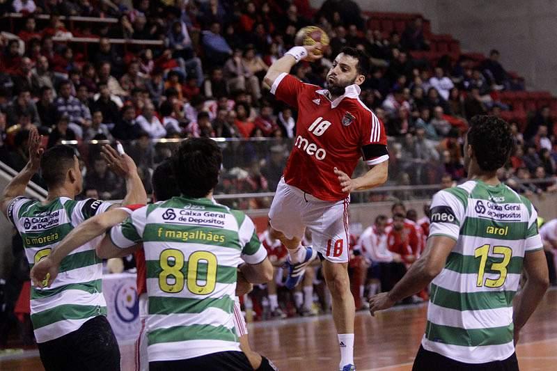 SL Benfica e Sporting discutem segundo lugar