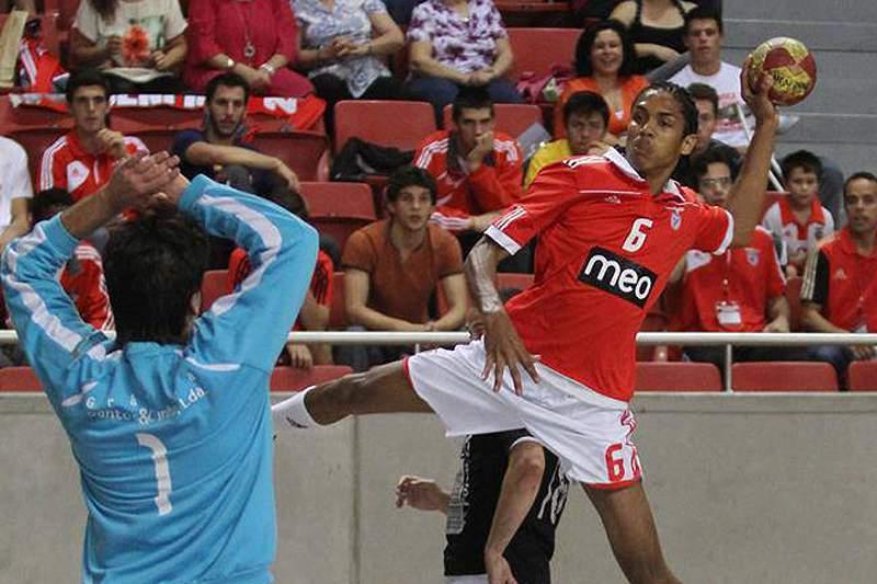 ABC-Benfica e Sporting-Águas Santas abrem fase final