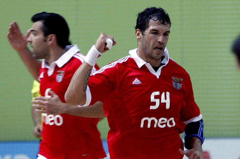 Benfica confirma favoritismo e vence Maia ISMAI