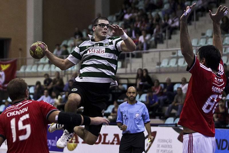 Sporting-Benfica e Xico-ABC disputam acesso à final