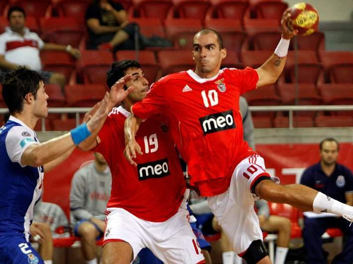 Benfica passa à 2ª ronda da Taça EHF