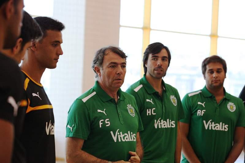 Frederico Santos renova com Sporting