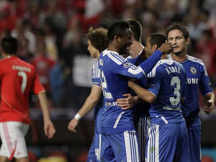 """Chelsea """"invictus"""" na Champions"""