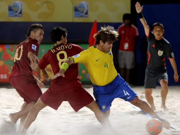 Portugal estreia-se com goleada sobre El Salvador
