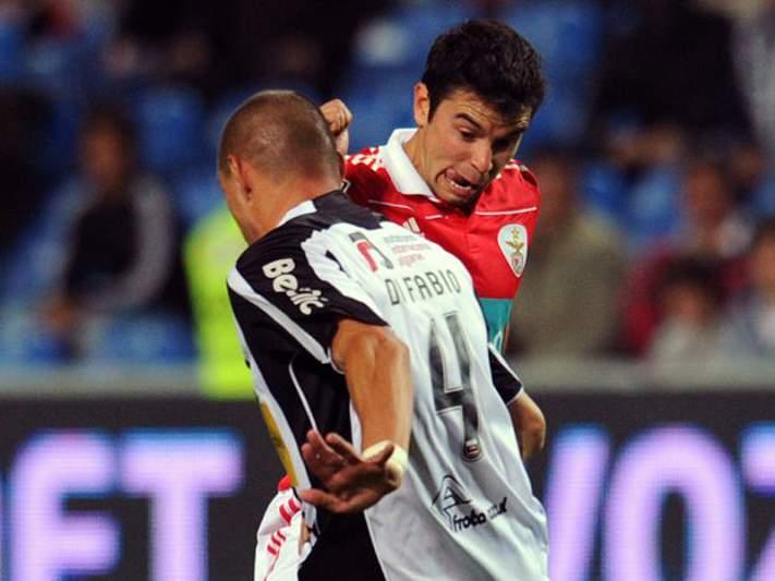 Benfica entra em ação em Portimão
