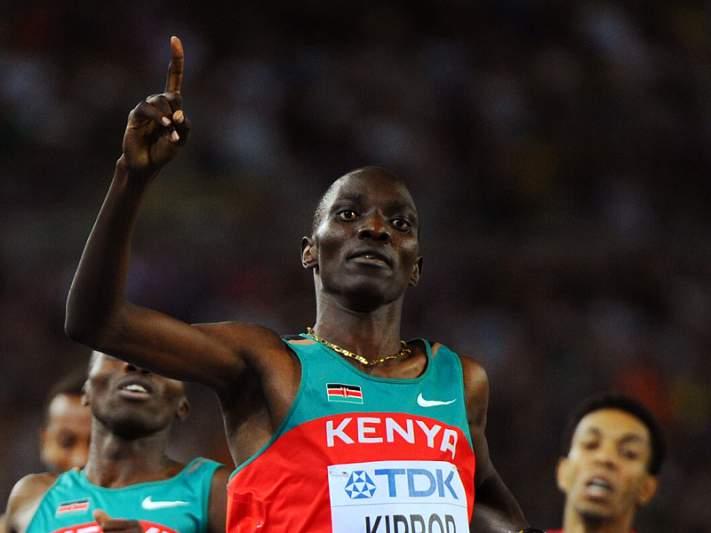 Asbel Kiprop conquista ouro nos 1500 metros