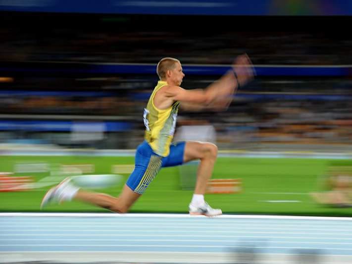 Olsson, campeão olímpico do triplo salto em 2004, anuncia retirada