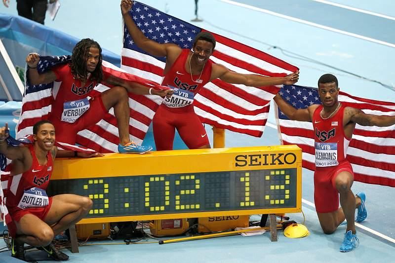 Estados Unidos batem recorde mundial nos 4x400
