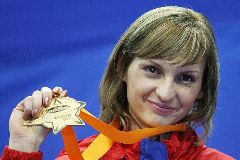 Tatiana Kotova e Kirill Ikonnikov suspensos dois anos por doping