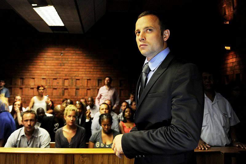 Pistorius pede apoio de especialistas em medicina legal