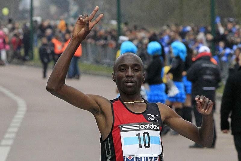 Quenianos vencem meia-maratona de Lisboa