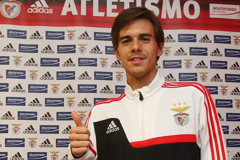 Bruno Albuquerque é o novo reforço do meio-fundo do Benfica