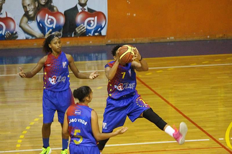 Cabo Verde perde na estreia