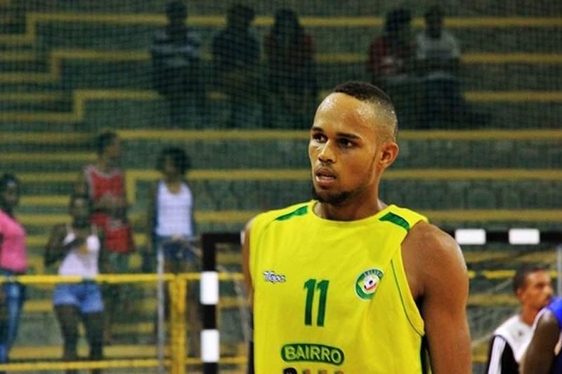 Kitana Cabral ainda conta com Ivan Almeida para o Afrobasket 2013