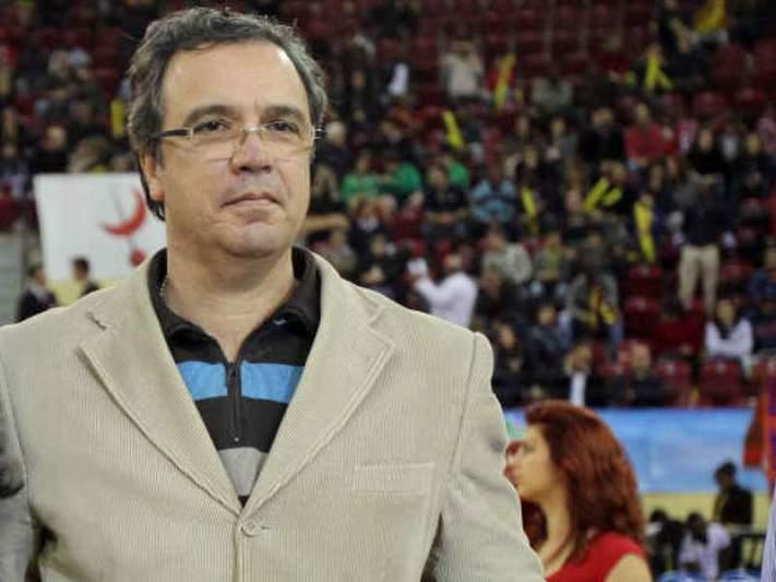 Benfica bate Sampaense