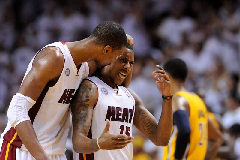 Heat vencem Pacers na