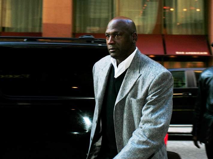 Michael Jordan faz 'forcing' pelo fim do 'lockout'