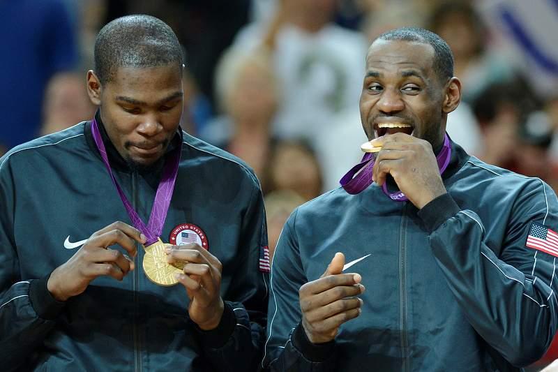 Durant e LeBron saborearam o ouro olímpico em Londres2012