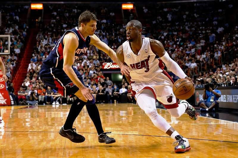 Wade contribuiu com 20 pontos para mais um triunfo dos Heat