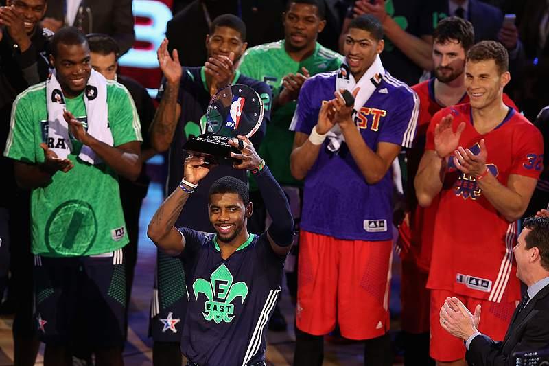 Irving segue passos de LeBron
