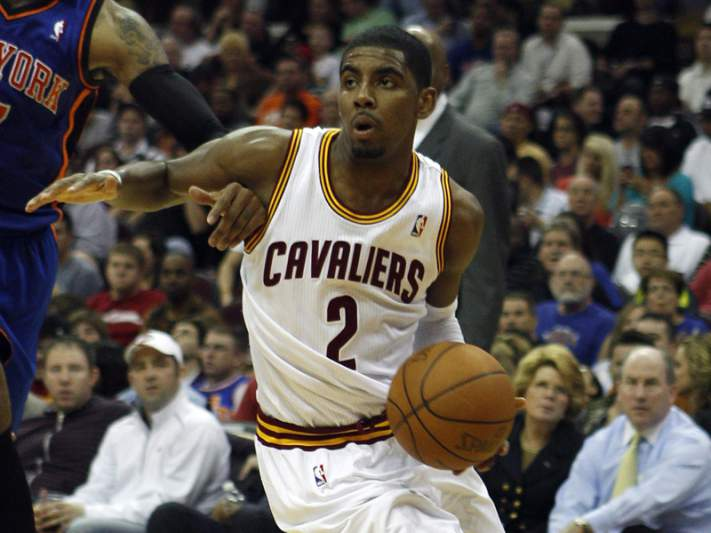 Irving parte a mão direita
