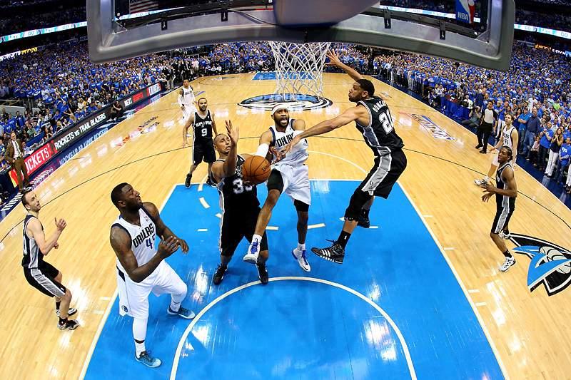 Spurs e Nets na segunda ronda dos