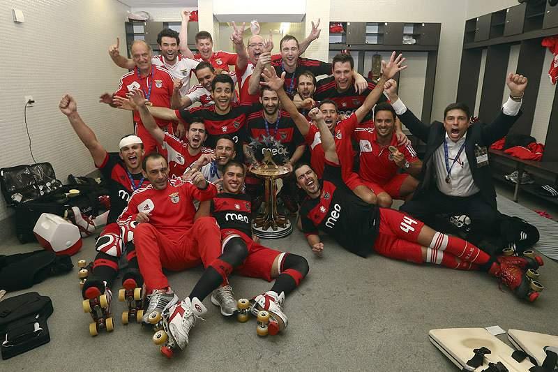 Benfica sagra-se campeão europeu no Dragão