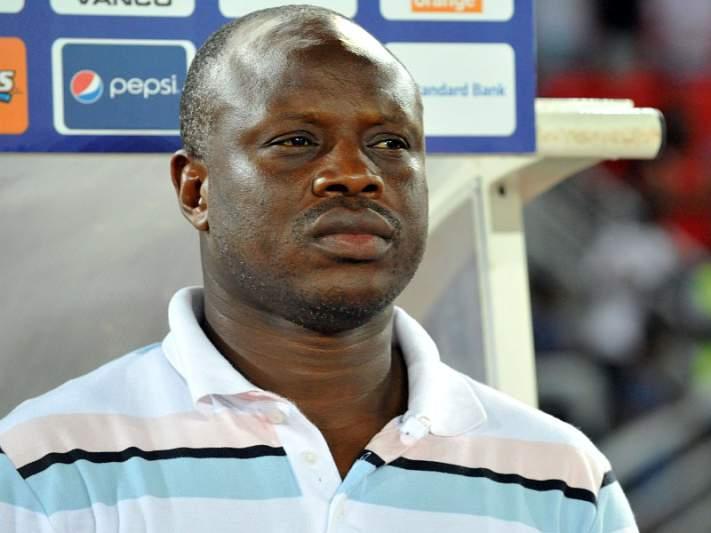 Senegal demite treinador Amara Traoré