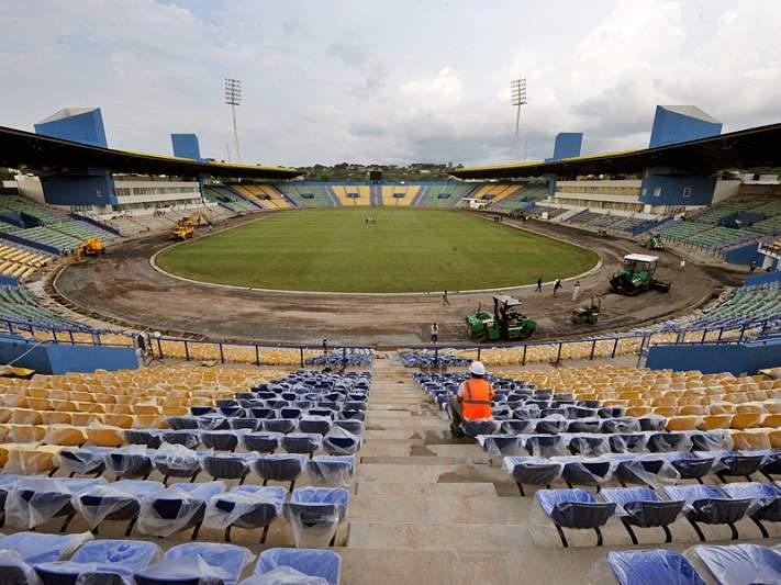 E se as entradas nos estádios fossem grátis?