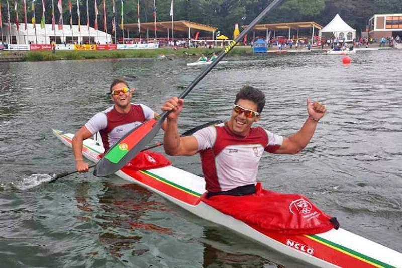 Ouro de Emanuel Silva e João Ribeiro faz história nos Mundiais