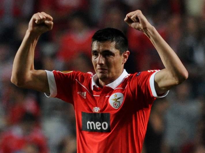 Cardozo fala hoje na Benfica TV
