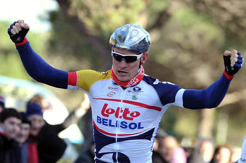 Greipel vence quarta etapa, Evans continua em primeiro