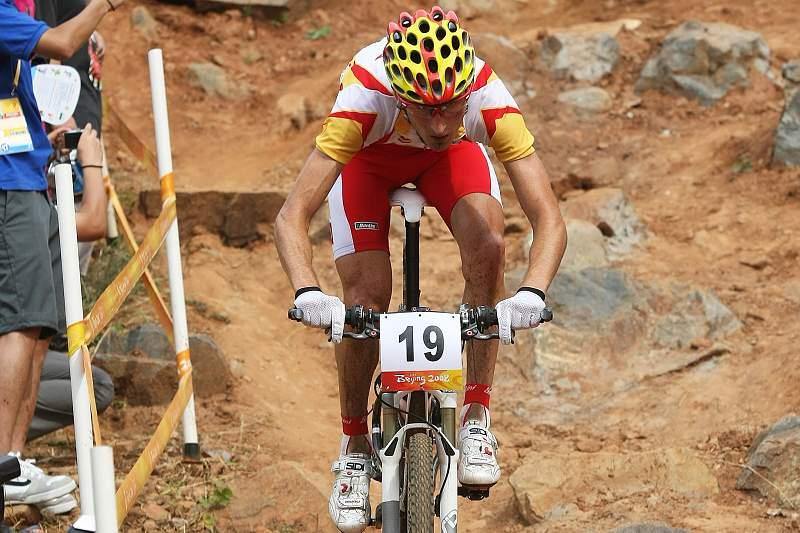 Ciclista espanhol Lejarreta morre atropelado