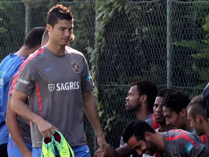 Cristiano Ronaldo já treina sem limitações