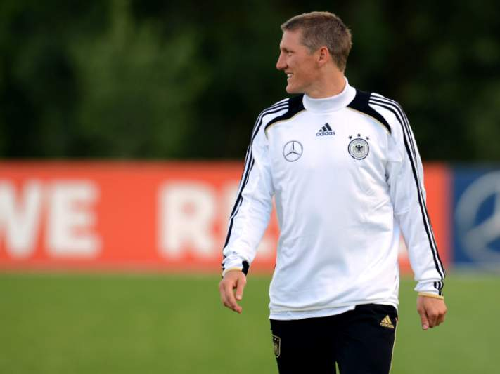Schweinsteiger quer ajudar Holanda a passar