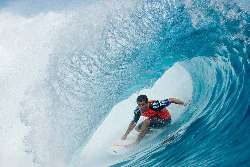 São Miguel acolhe os 100 melhores surfistas do Mundo em setembro