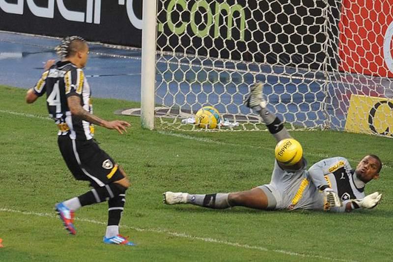 Botafogo e Fluminense são finalistas