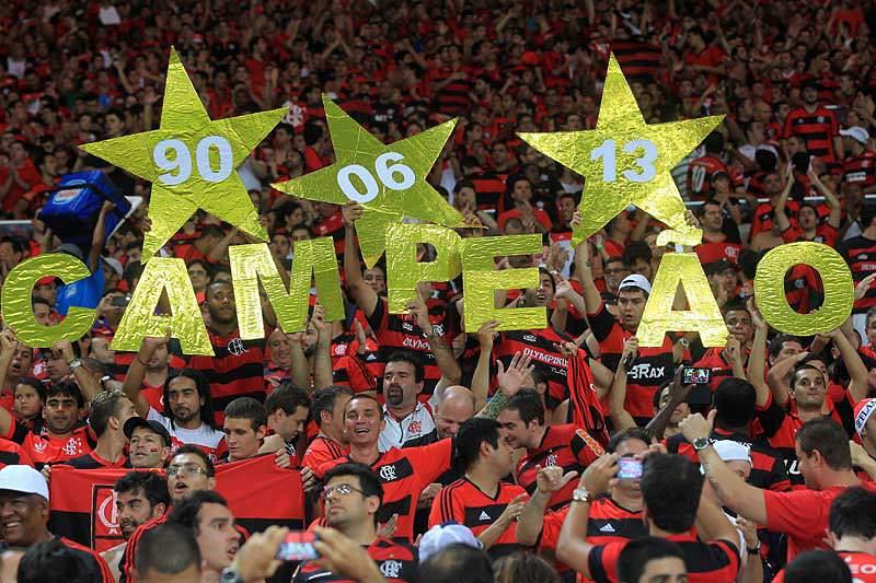 Elias e Hernane dão titulo ao Flamengo