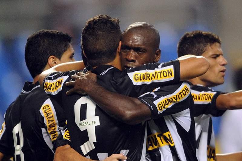 """Botafogo vence """"Fla"""" e está na final"""