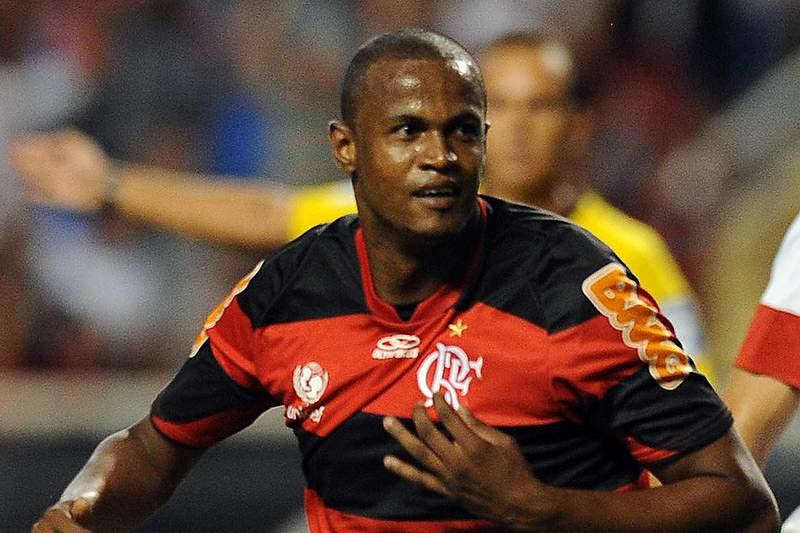 Airton rende ao Benfica 300 mil euros