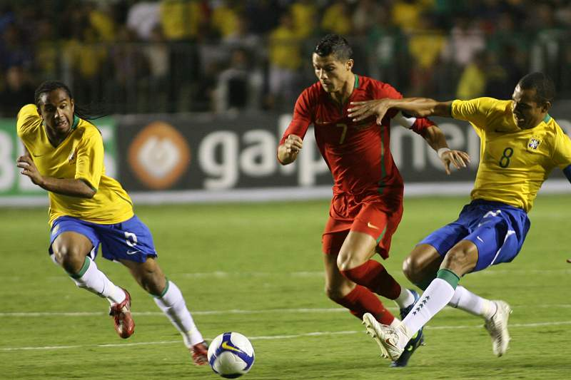 Jogo amigável de 2008 com Portugal dá bronca no Brasil