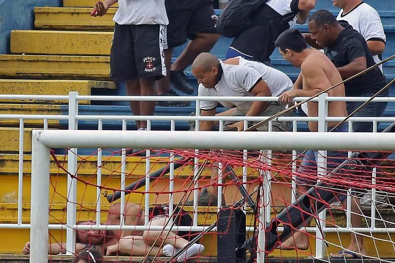 Polícia brasileira detém 12 pessoas pelos incidentes no Atlético PR-Vasco