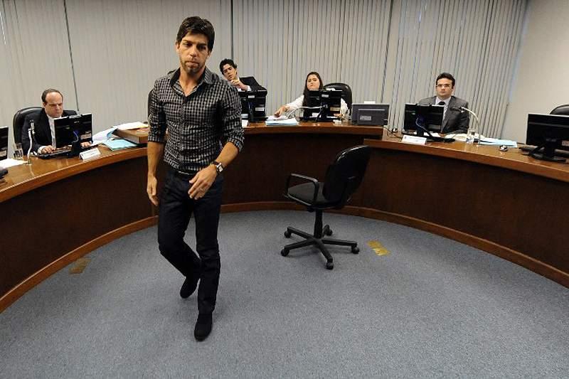 Vasco elogia Juninho na hora da saída