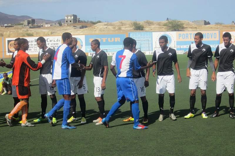 Académica do Porto Novo derrota Derby