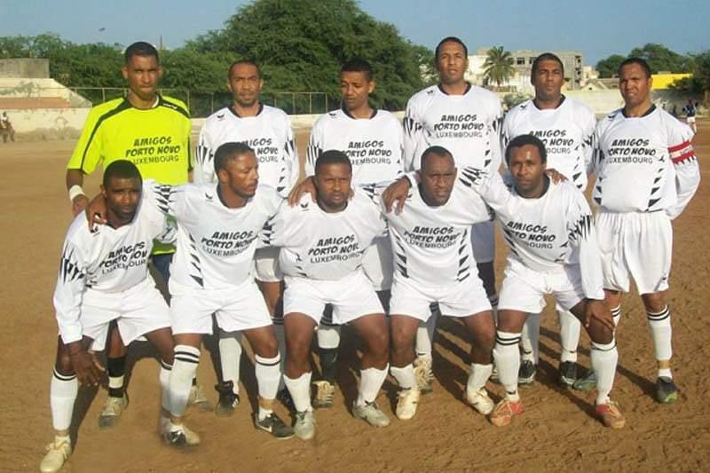 Académica do Porto Novo convida santantonenses a apoiarem a equipa