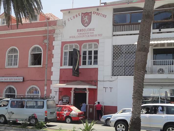 Mindelense vence tudo em São Vicente