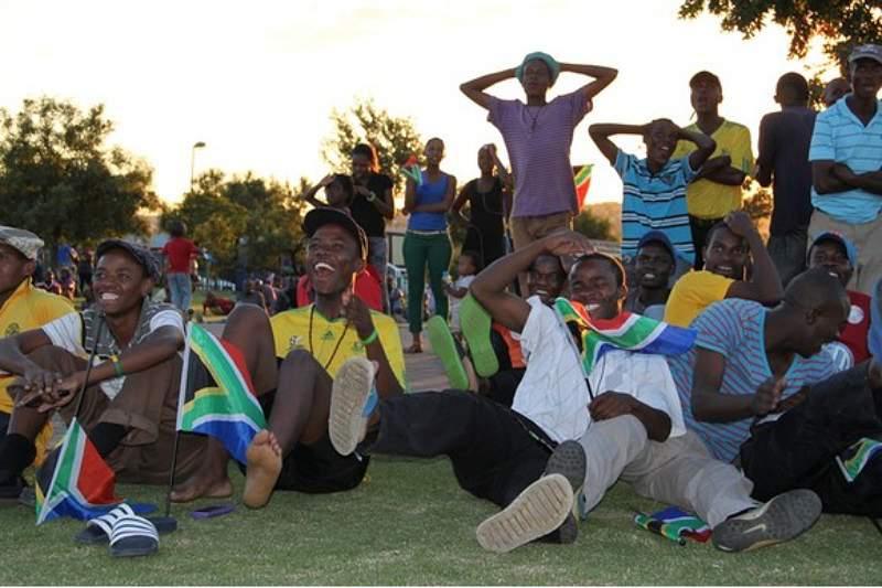 Adeptos do Bafana Bafana fazem a festa