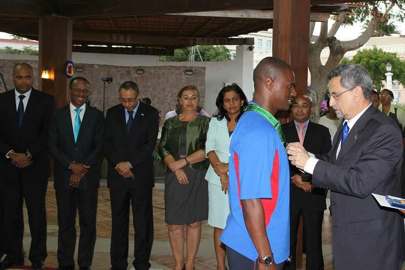 Presidente de Cabo Verde felicita os Tubarões Azuis
