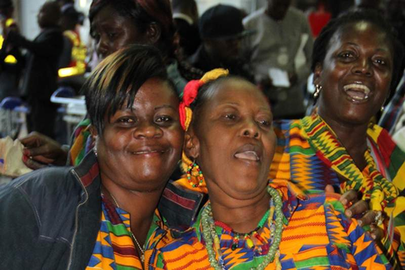 Mulheres do Gana apoiam os Black Stars